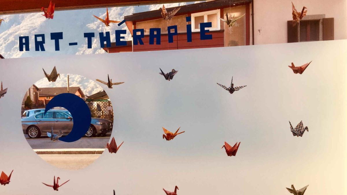 cocotte en papier vitrine art therapeute